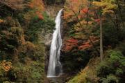 紅葉の原不動滝1
