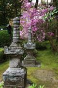 石山寺の石塔
