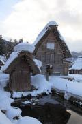 白川郷・民家と小さな建物
