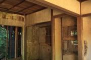 友ヶ島の将校宿舎跡内部