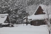 五箇山・雪の降る相倉合掌集落