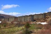 松尾鉱山、廃墟の春